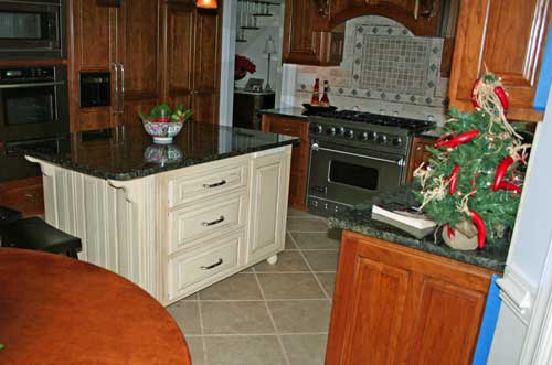 Kitchen_withIsland_2